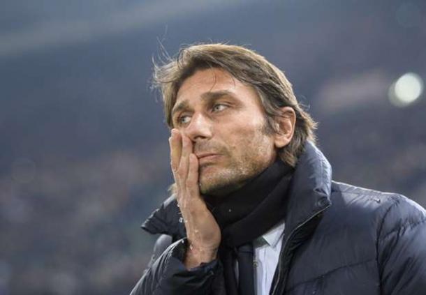 Conte Tak Salahkan Keputusan Wasit