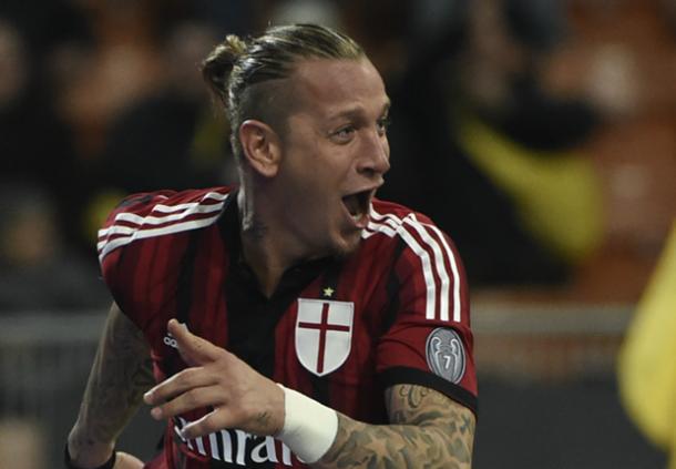 AC Milan Tak Inginkan Perpanjang Kontrak Phillipe Mexes