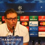 Laurent Blanc Mengangkat Topi Untuk Barcelona
