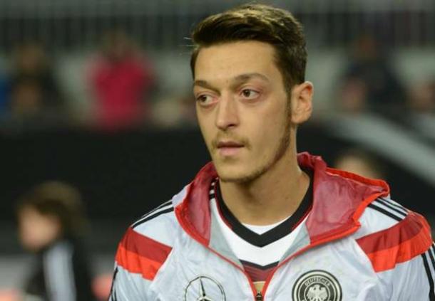 Mesut Ozil Sangat Optimis Der Panzer Bisa Lolos Ke Euro 2016