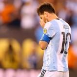 Ronaldo: Messi Tak Terbiasa Menelan Kekalahan
