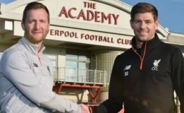 Gerrard Resmi Tangani Liverpool U-18