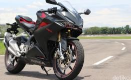 Honda CBR 250RR Kini Terdepan Dibanding Ninja 250