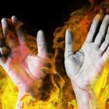 Diduga Akibat Selang Gas Bocor Seorang Guru Serta Murid Terbakar