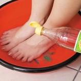 Tau Kah Anda, Rendam kaki Dengan Air Cuka Bisa Hilangkan Bau