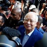 Najib Razak Datangi Kantor Anti Korupsi MACC