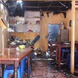 Rumah dan Warung di Pulogadung Terbakar, 10 Unit Damkar Dikerahkan