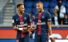 Neymar Nasihati Mbappe Agar Hormati Aturan yang Diterapkan Pelatih